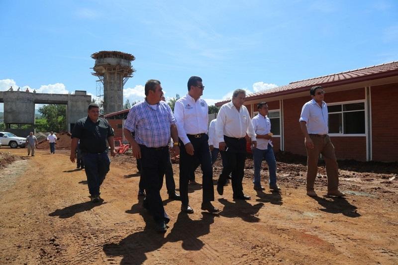 El cuartel regional se pondrá en marcha en próximas fechas y, con la coordinación con los tres órdenes de gobierno, la Policía Michoacán contará con un nivel de respuesta óptimo para la atención de incidentes y reforzar así la operatividad en la región