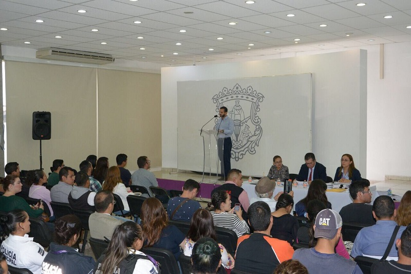 """Benítez Silva precisó que el ejercicio realizado la mañana de este martes en el auditorio del DIF Morelia, """"es una muestra de la transparencia en la que se desenvuelve esta administración independiente"""""""
