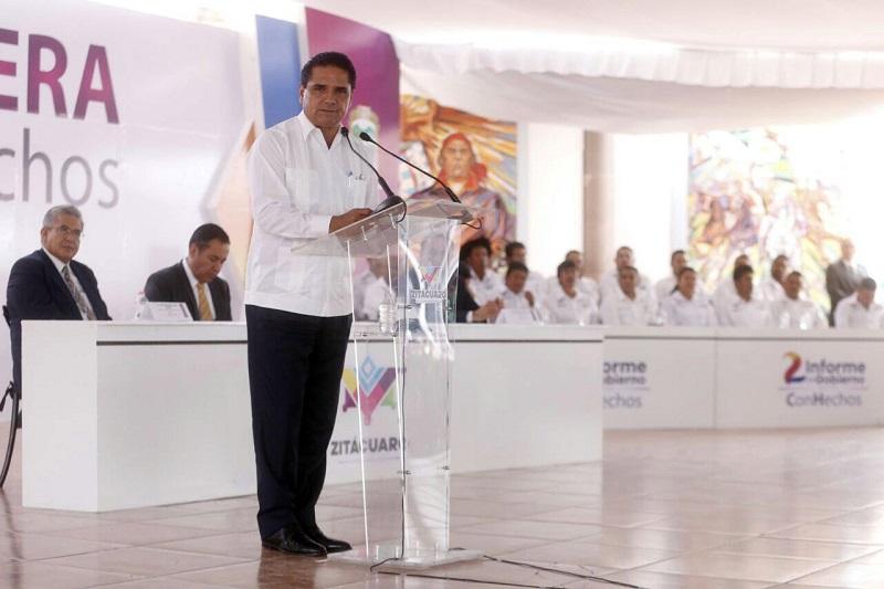 Aureoles Conejo expresó que en Michoacán se están sentando las bases para tener un estado más competitivo y desarrollado