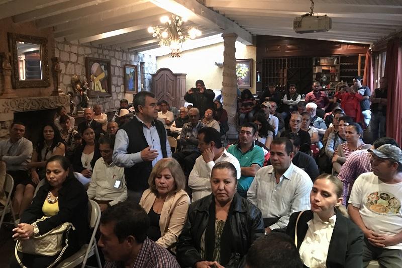 Es una lástima que quienes nacimos en esta hermosa ciudad, seamos testigos de cómo se nos ha salido de las manos, como la corrupción se apodera de las administraciones, como la gente tiene que abandonar la ciudad porque no encuentra las oportunidades de empleo y desarrollo: Ortiz García