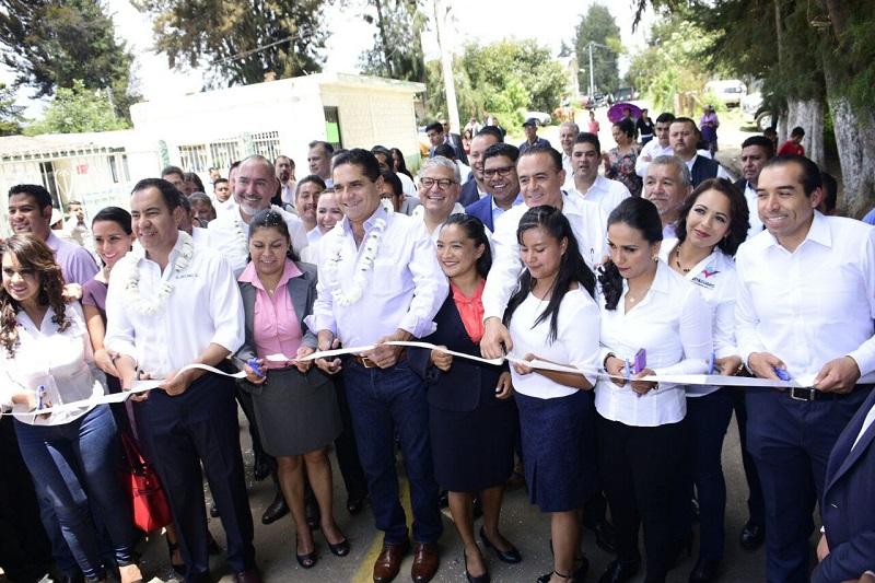 El mandatario estatal reiteró que se trabaja en atraer fuertes inversiones a Zitácuaro, mismas que permitan generar empleos