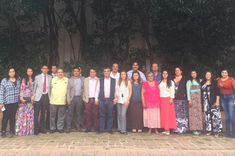 Jezreel Madrigal, presidente estatal de la Asociación de Profesionistas y Empresarios de México, explicó las actividades y alcances de la organización que tiene representación en varios países y cuyos principios se fundamentan en los valores del ser humano y el bien común