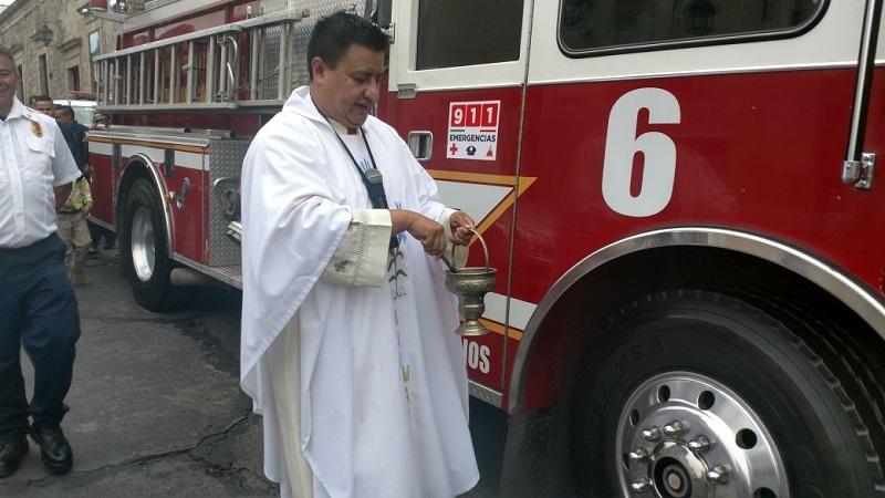 Vaya un sincero y sentido reconocimiento para todos los bomberos de Morelia, Michoacán, México y el Mundo (GALERÍA FOTOGRÁFICA: FRANCISCO ALBERTO SOTOMAYOR)
