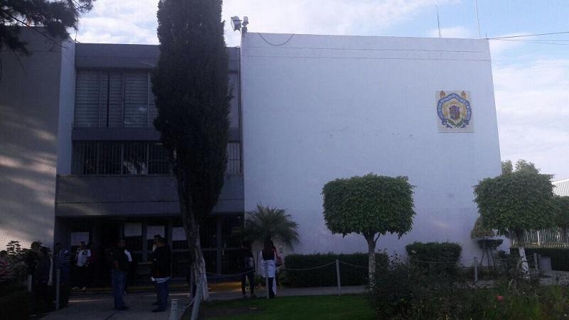 """Cabe precisar que el rector Medardo Serna, horas antes, había señalado que se estaba avanzando en las exigencias del sindicato """"en base al diálogo"""", pero al mismo tiempo, señaló que había algunos puntos encontrados entre la institución y el gremio sindical"""