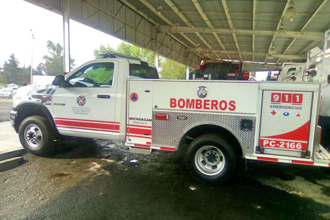 El coordinador estatal de Protección Civil, Pedro Carlos Mandujano, detalló que esta unidad de bomberos fue ensamblada por la empresa mexicana, Quiroga Fire Trucks sobre un chasis RAM 4000 cabina sencilla, la cual cuenta con una bomba de agua de mil litros a 110 libras de presión