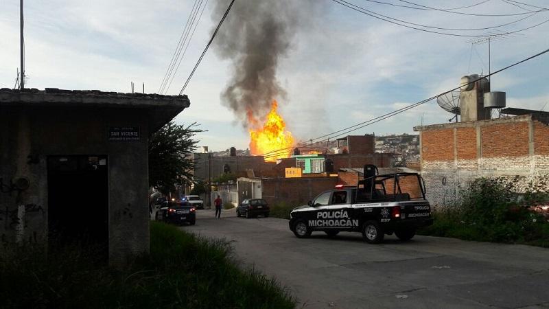 """Los hechos se registraron aproximadamente a las 08:45 de la mañana cuando los cuerpos de emergencia fueron alertados que sobre la calle Jazmines de la colonia Obrera, en el interior de una panadería de nombre """"Alejandre"""", se había suscitado una explosión"""