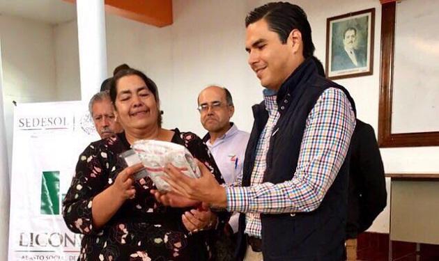 Sergio Flores Luna aseveró a los presentes que los apoyos para los michoacanos continuarán, pues esa es la instrucción que ha dado el Presidente Enrique Peña Nieto