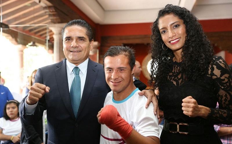 Atletas michoacanos, ejemplo de entrega, compromiso y esfuerzo: Silvano Aureoles