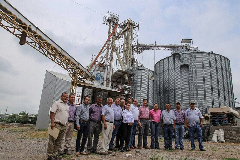 Hace 17 años la producción de arroz en la región de Gabriel Zamora era incosteable, lo que llevó al cierre de la industrializadora y que los productores vendieran en un peso el kilo de arroz a los intermediarios
