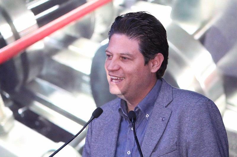 """""""Algo estamos haciendo bien en Morelia, ya que en nuestra ciudad estamos creciendo y para muestra, esta empresa que permitirá que 20 familias tengan un sustento en su casa"""", dijo Martínez Alcázar"""