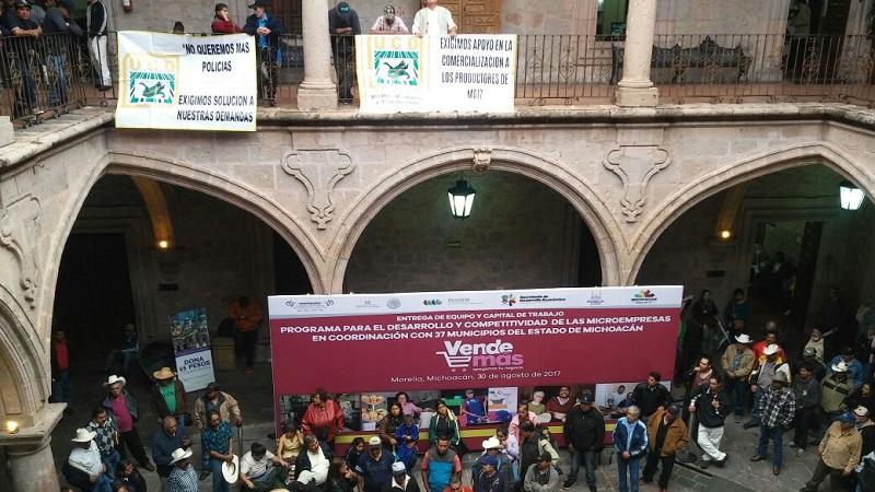 En Palacio Municipal estaba programado un evento conjunto entre el Ayuntamiento de Morelia y la Sedeco del Gobierno de Michoacán