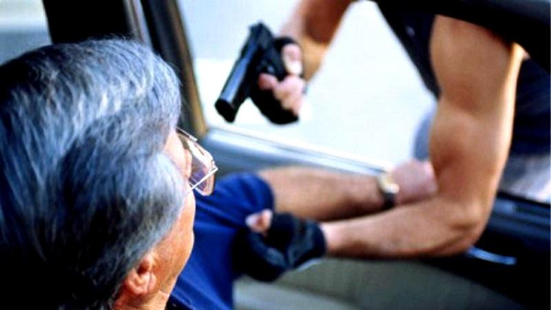 Ante estos hechos y muchos más que se registran cotidianamente en la capital michoacana, las autoridades federales, estatales y municipales brillan por su incompetencia para combatir el delito