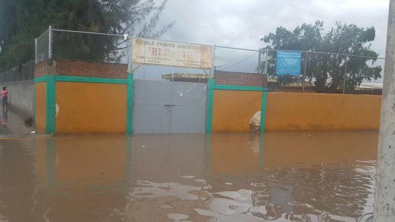 Al momento se reportan lluvias de moderadas a intensas en el 70 por ciento del territorio michoacano