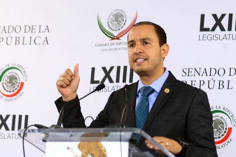 Señaló que además del pésimo manejo financiero del país, el PRI-Gobierno determinó aumentar el precio de los combustibles: Cortés Mendoza