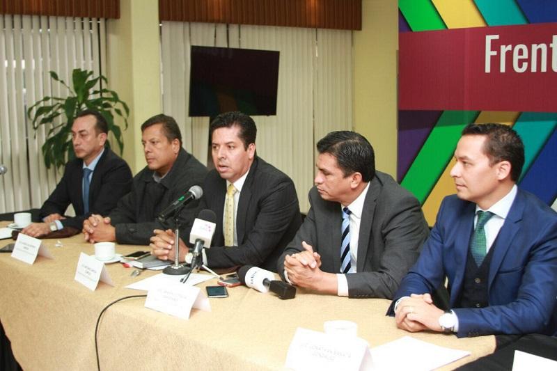 García Conejo reconoció el gran aporte y disposición que tienen los partidos en Michoacán, como el Verde Ecologista, Acción Nacional, Encuentro Social, para juntos trazar una línea política y social, para sacar adelante al estado