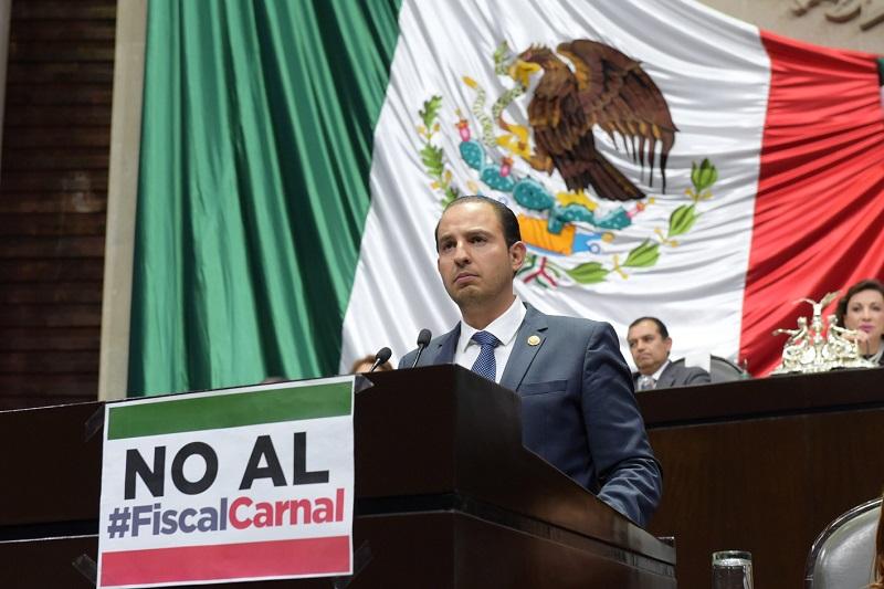 """Cortés Mendoza, """"hasta que no se corrija ese transitorio envenenado y en el momento en que se corrija el transitorio envenenado, instalamos la Mesa Directiva"""", ofreció al pleno reunido en la Cámara de Diputados"""
