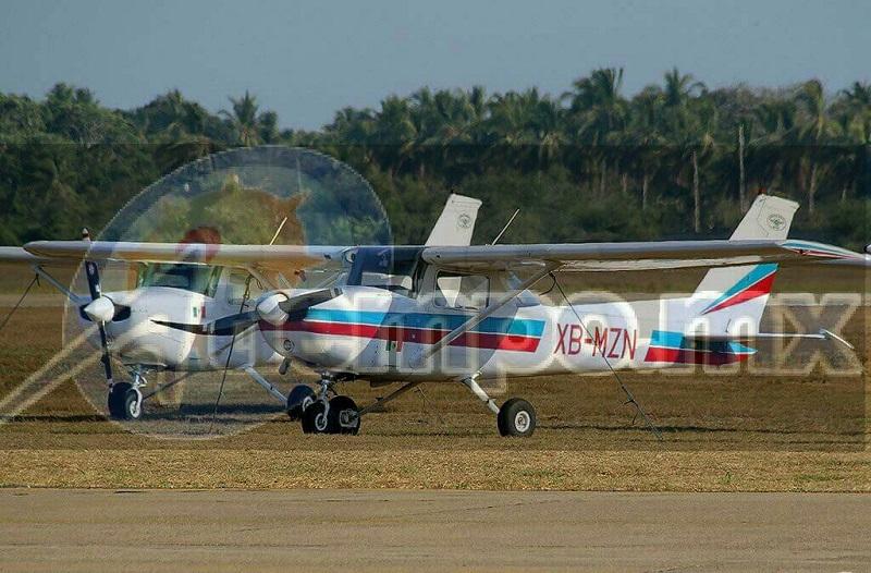 A bordo de la aeronave iba el instructor de nombre Hugo Acuña y el estudiante Fernando Rivera se reporta como desaparecida desde el día viernes por lo que las autoridades federales iniciaron un recorrido aéreo tanto en tierra como por mar para localización de la aeronave