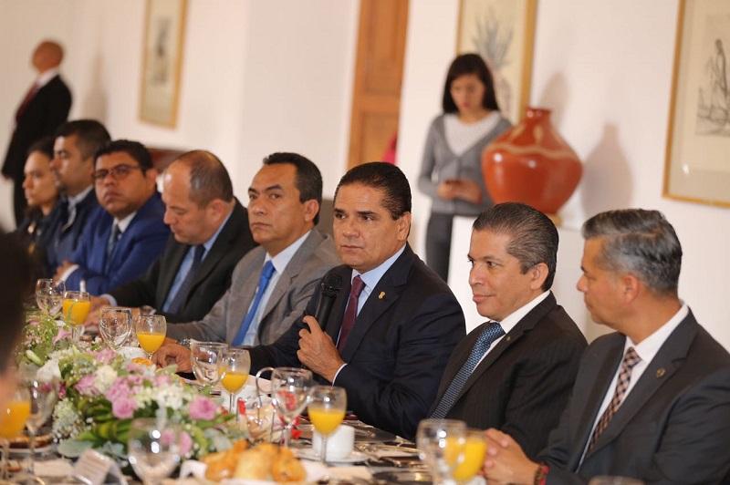 Aureoles Conejo confió en que no será necesario firmar acuerdos adicionales respecto de este periodo, ya que además de existir el andamiaje jurídico suficiente en la materia, hay comunicación y buen diálogo en general con todos los actores