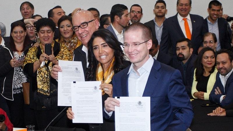 Al recibir la solicitud, el consejero Presidente del INE, Lorenzo Córdova, señaló que la autoridad electoral es una institución abierta a la pluralidad y a las fuerzas políticas