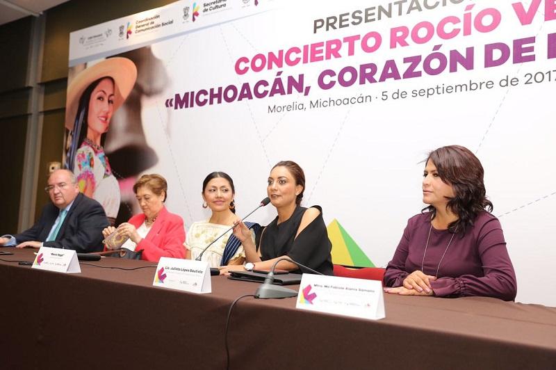 El concierto de la uruapense, quien será acompañada por cien artistas en escena, el 10 de septiembre a las 18:30 horas en el Teatro Morelos; el costo de recuperación va de los 100 a los 200 pesos