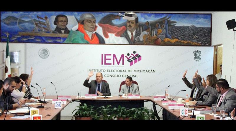 El consejero presidente del órgano electoral, Ramón Hernández Reyes, explicó que el calendario aprobado unifica, en la medida que la legislación lo permite, los tiempos con el calendario de la elección federal