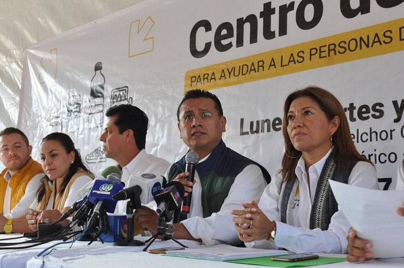 Se instaló un centro de acopio en la Plaza Melchor Ocampo, de Morelia, en donde se estarán recibiendo los víveres durante este lunes, martes y miércoles 13 de este mes, en un horario de las 09:00 a 18:00 horas