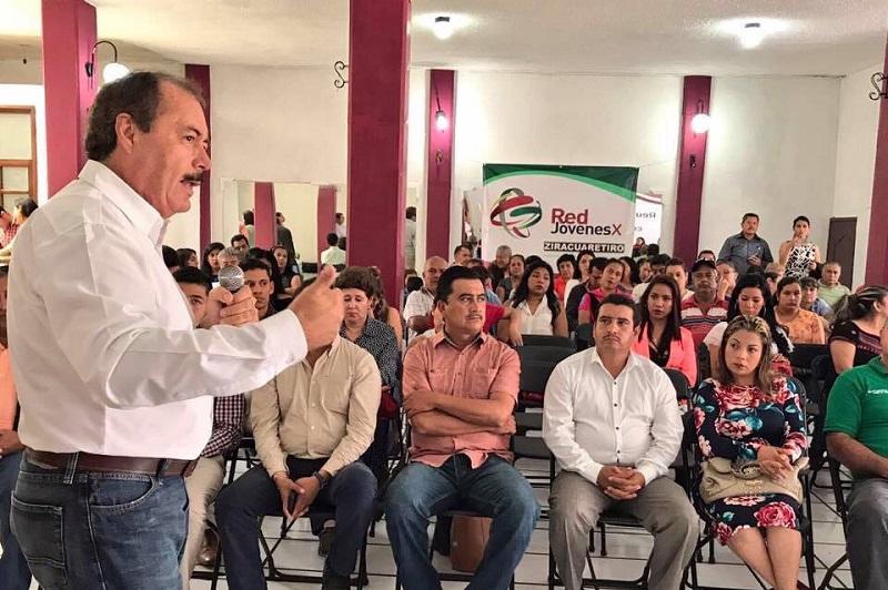 """""""Afuera debemos ver un sólo frente: el triunfo electoral para recuperar la presidencia municipal en 2018"""": Silva Tejeda"""