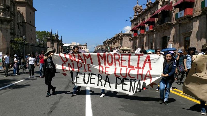 La manifestación partió del Monumento al General Lázaro Cárdenas hacia el Palacio de Gobierno