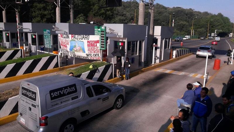 Cabe hacer mención de que también se reportaron manifestaciones en tramos carreteros aledaños a la ciudad de Huetamo