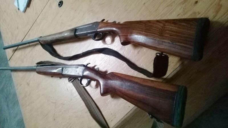 Los presuntos responsables, armas y cartuchos fueron puestos a disposición de la autoridad competente