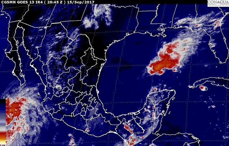 Asimismo, se pronostican vientos fuertes con rachas superiores a 60 kilómetros por hora (km/h) y oleaje de 1 a 2 metros (m) en las costas de Baja California Sur, Sinaloa, Nayarit y Jalisco, así como rachas de viento superiores a 50 km/h en los litorales de Colima y Michoacán