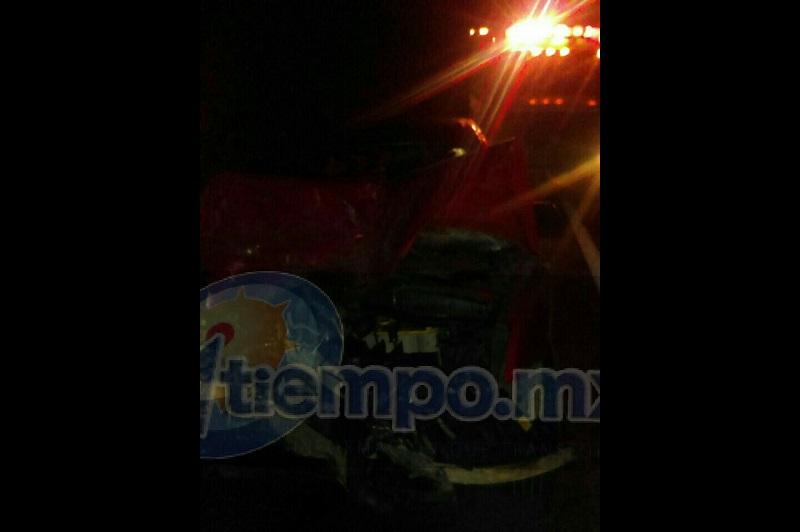 Elementos de la Policía Federal se hicieron cargo de realizar el peritaje y trasladar los vehículos a un corralón oficial
