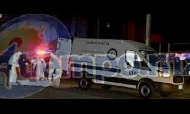 El homicida tras cometer el delito emprendió la huida a bordo del vehículo dejando gravemente lesionada a la joven mujer