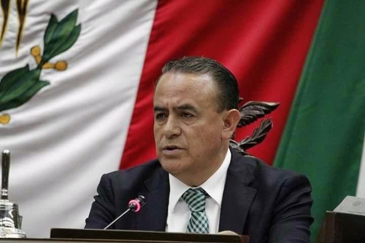 Sigala Páez señaló que se ha convocado a sus homólogos de todo el país para que aporten recursos en beneficio de la población afectada y que en el caso de Michoacán presentará en la semana una propuesta a la Junta de Coordinación Política