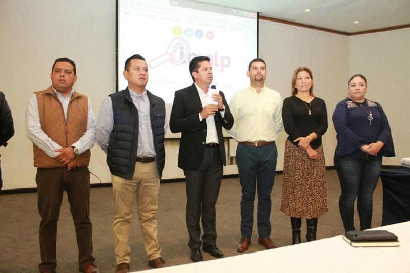 Antonio García Conejo, secretario general del PRD en Michoacán, refirió que es muy importante el conocimiento de las leyes, debido a que muchas ocasiones se limitan al tema de transparencia