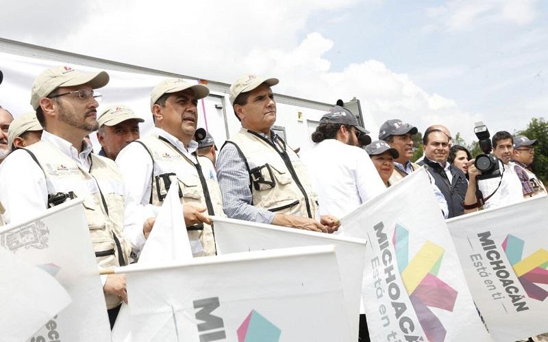 Aureoles Conejo mostró su gratitud hacia el personal de la SSM por todo el esfuerzo y solidaridad mostrados, al tiempo que los conminó a no poner en riesgo su integridad mientras realizan las labores de auxilio