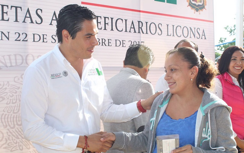Sergio Flores Luna comentó a los más de 4 mil beneficiarios que los apoyos de la instancia a su mando continuarán, tal y como lo han instruido el Secretario de la SEDESOL