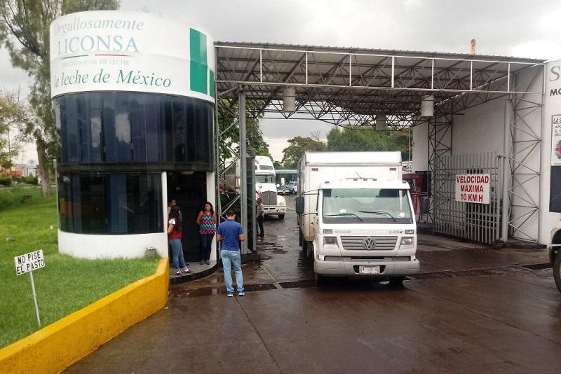 Continúa abierto el centro de acopio instalado en la Planta de LICONSA de Jiquilpan