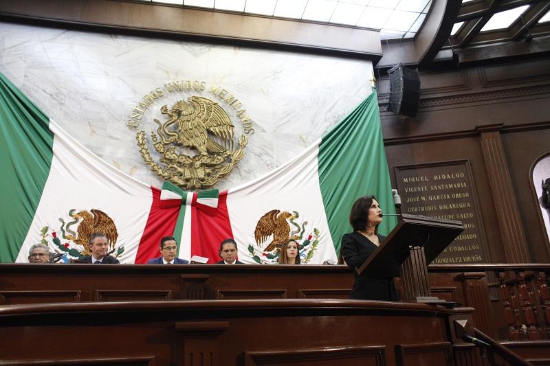 """""""Los diputados de Acción Nacional refrendamos frente a la sociedad y frente a los titulares del Poder Ejecutivo y del Poder Judicial del Estado de Michoacán, el compromiso de co-gobernar"""", refirió Chávez Flores"""