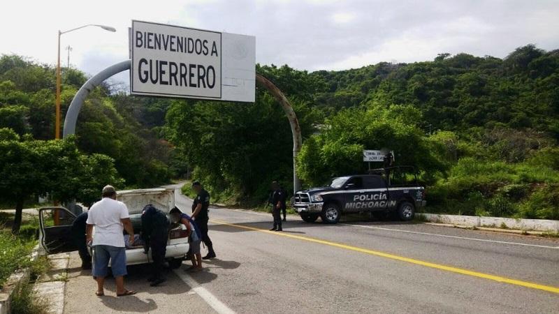 Por instrucción del titular de la SSP, Juan Bernardo Corona, personal de la Policía Michoacán intensificó acciones operativas para garantizar la tranquilidad y seguridad de las y los michoacanos