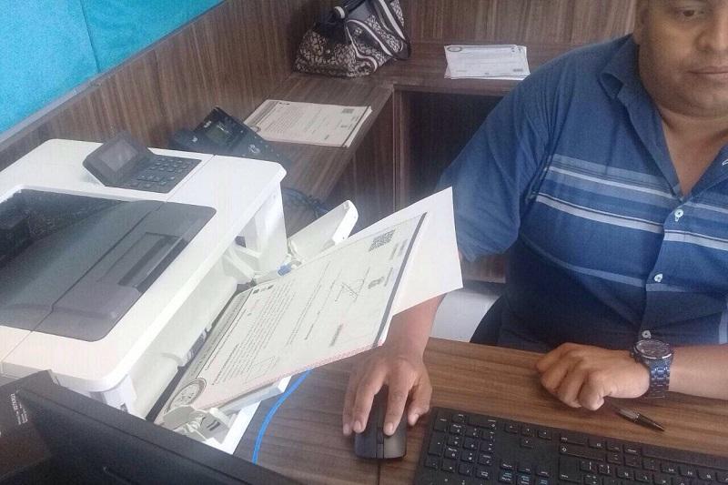 Este servicio se brindará en la oficina de la Unidad Administrativa, ubicada en el Complejo Regional Administrativo y Policial de Huetamo, en un horario de 08:00 a 12:00 para la recepción de documentos, y de 13:30 a 15:00 horas para la entrega de la carta