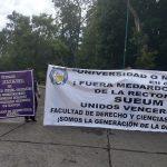 Los bloqueos este martes se registraron en la Avenida Madero, frente al Colegio de San Nicolás; en Avenida Francisco J. Múgica, frente a la puerta principal de Ciudad Universitaria; en Avenida Universidad; y, en el cruce de Ventura Puente y Avenida Acueducto