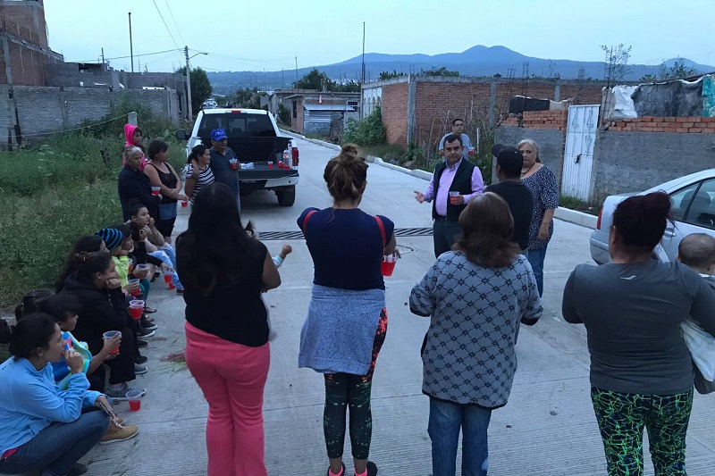 Ortiz García se reunió con vecinos de la colonia Margarita Morán