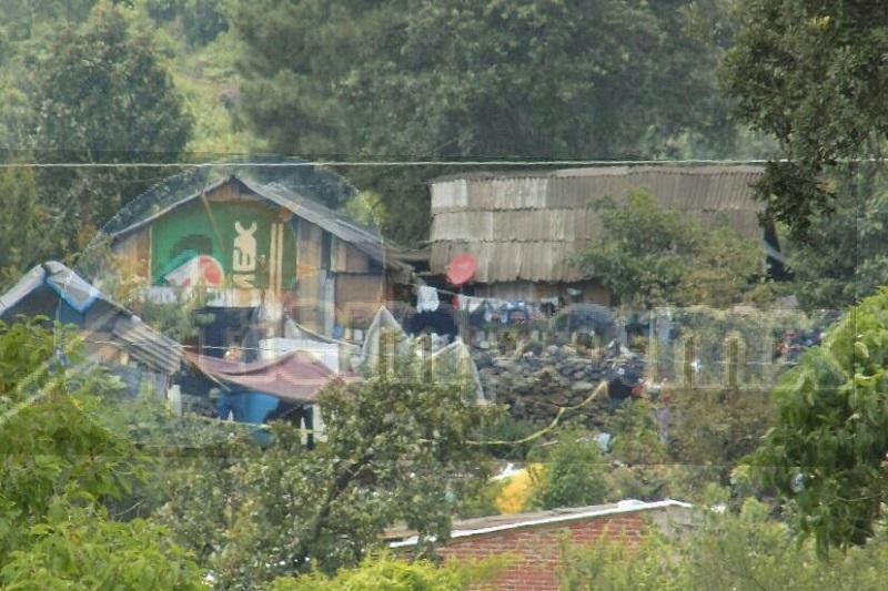 Los uniformados llegaron hasta la casa que está ubicada cerca de una barranca, en donde localizaron en el cuerpo de un hombre sin signos vitales
