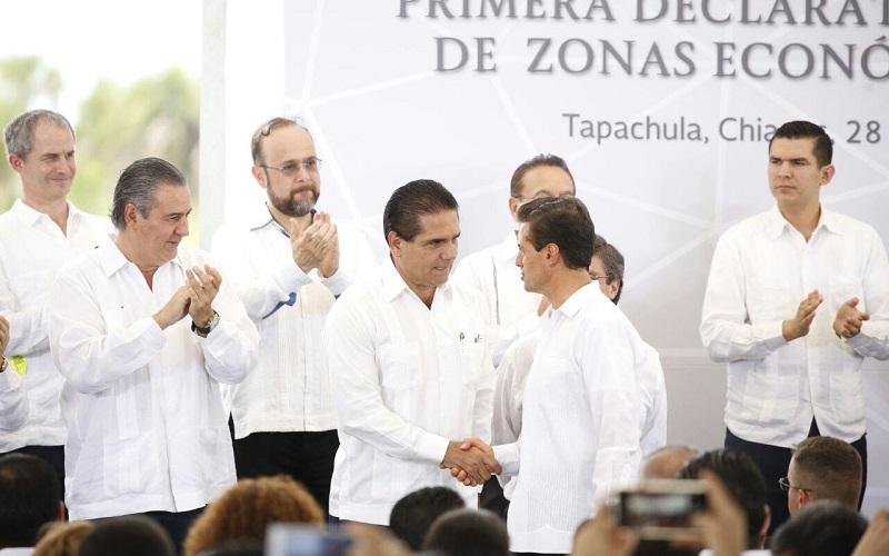 El presidente ejecutivo de Arcelor Mittal anuncia la modernización de la planta en el Puerto de LC, lo que significará una mayor producción, así como la creación de 800 nuevos empleos directos y 3 mil indirectos para Michoacán y estados aledaños