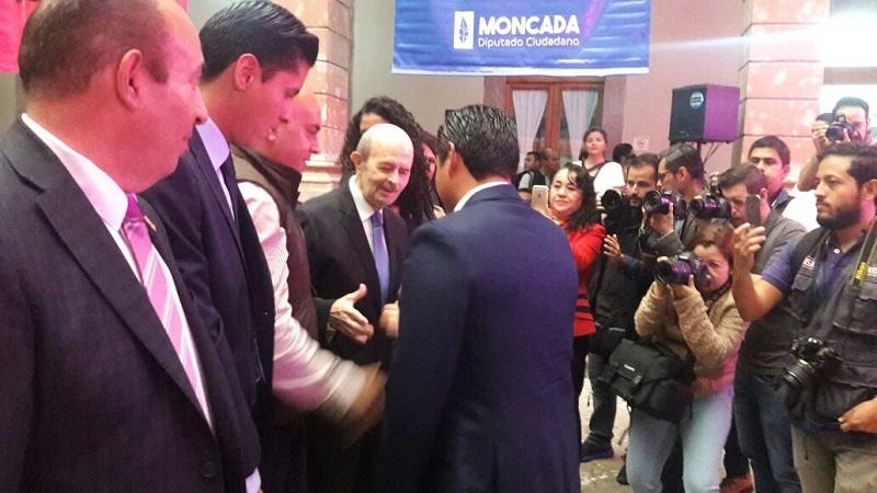 """Moncada Sánchez propone que todos los ayuntamientos del estado destinen al menos el cinco por ciento de su presupuesto al año para los """"traga humo"""" que son """"nuestros héroes sin capa"""""""