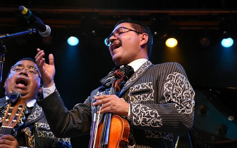 El Festival del Mariachi y Tradiciones Mexicanas se realiza precisamente con la finalidad de conservar la tradición de la música vernácula y dar realce a las festividades que se desarrollan en la capital michoacana para conmemorar el aniversario del natalicio del Generalísimo, José María Morelos y Pavón