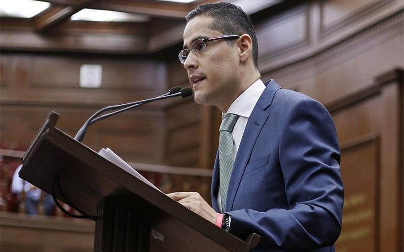 La creación de dicha ZEE permitirá que Michoacán supere el rezago y marginación que actualmente padece y colocará al Puerto de Lázaro Cárdenas en la ruta del desarrollo a largo plazo: Villegas Soto