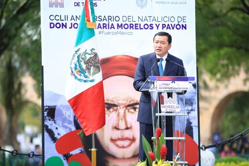 Al fungir como orador oficial, el titular de la SEGOB enfatizó que no hay obstáculos para el pueblo mexicano