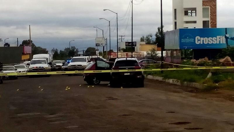 """Según informes policíacos, el occiso era un jefe de plaza de un grupo delictivo que opera en Lázaro Cárdenas, identificado como Jesús H., alias """"El Maromas"""" (FOTOS: CORTESÍA)"""